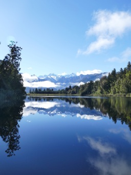 Lake Matheson mit Reflektion