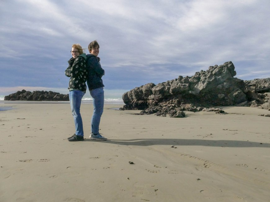 Zwei Frostbeulen am Strand